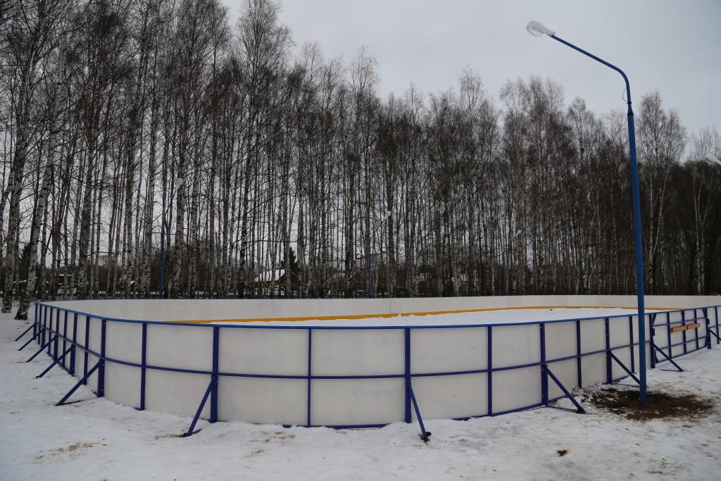 хоккейная коробка п. Слип Рыбинск